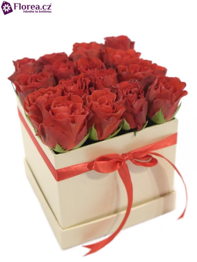 Krabička růží - červené růže